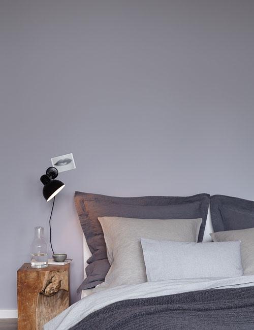 Peter Fehrentz interiordesign photography Innenarchitektur Fotografie Design Möbeldesign Furnituredesign alpina feine farben bedroom cosy grey