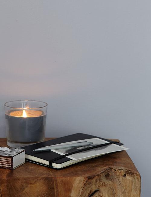 Peter Fehrentz interiordesign photography Innenarchitektur Fotografie Design Möbeldesign Furnituredesign alpina feine farben stillife candle cosy
