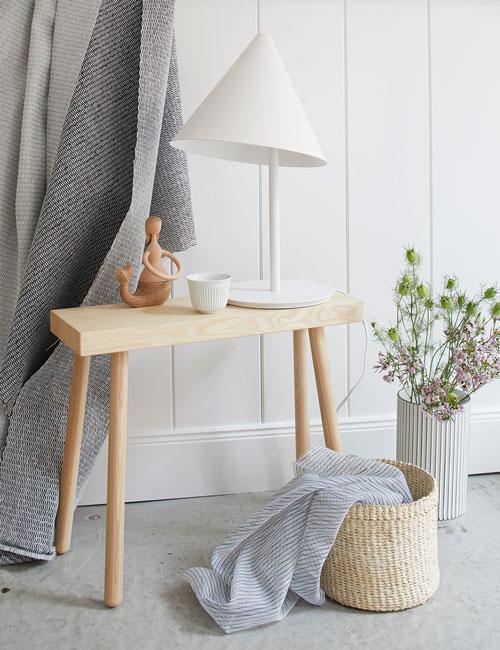 Peter Fehrentz interiordesign photography Innenarchitektur Fotografie Design Möbeldesign Furnituredesign Schöner Wohnen scandinavia scandi bench lamp nature white