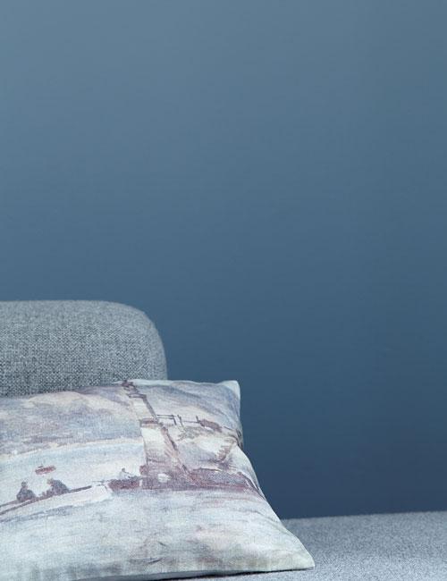 Peter Fehrentz interiordesign photography Innenarchitektur Fotografie Design Möbeldesign Furnituredesign blue cushion still