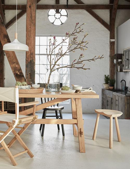 Peter Fehrentz interiordesign photography Innenarchitektur Fotografie Design Möbeldesign Furnituredesign Schöner Wohnen country modern table wood stool skagerak kitchen