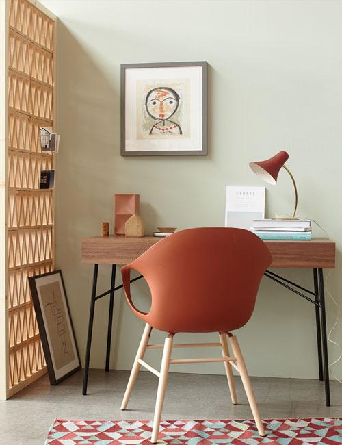 Peter Fehrentz interiordesign photography Innenarchitektur Fotografie Design Möbeldesign Furnituredesign Schöner Wohnen terracotta desk armchair