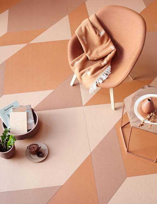 Peter Fehrentz interiordesign photography Innenarchitektur Fotografie Design Möbeldesign Furnituredesign Schöner Wohnen terracotta collage tiles hay armchair