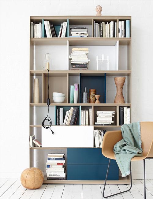 Peter Fehrentz interiordesign photography Innenarchitektur Fotografie Design Möbeldesign Furnituredesign Schöner Wohnen white and camel shelf
