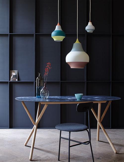 Peter Fehrentz interiordesign photography Innenarchitektur Fotografie Design Möbeldesign Furnituredesign Schöner Wohnen grey and color table lamps poulsen dark