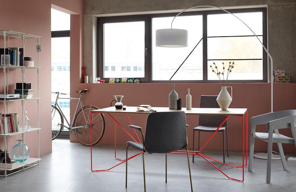 scandinavian style; livingroom,sofa, white and grey, light colors; wood; natural; industrial;very wood; muuto; Kinnasand; Louis Poulsen
