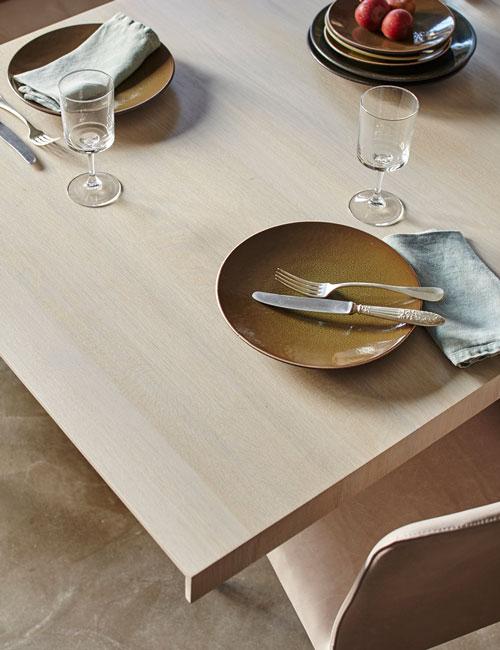 Peter Fehrentz interiordesign photography Innenarchitektur Fotografie Design Möbeldesign Furnituredesign Windows Indusrial concrete-table