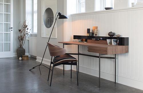 Peter Fehrentz interiordesign photography Innenarchitektur Fotografie Design Möbeldesign Furnituredesign More Schreibtisch writing desk Walnuss Harri American Walnut