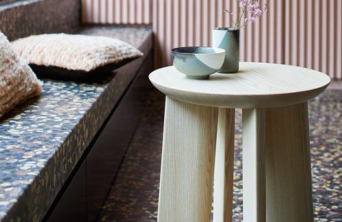 Peter Fehrentz interiordesign photography Innenarchitektur Fotografie Design Möbeldesign Furnituredesign More Stool p68 ash hocker esche